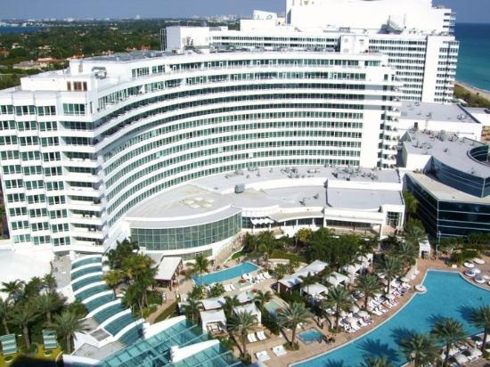 Fontainebleau Miami Beach Cau Main Building
