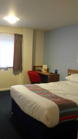 Travelodge Manchester Central Arena: bedroom
