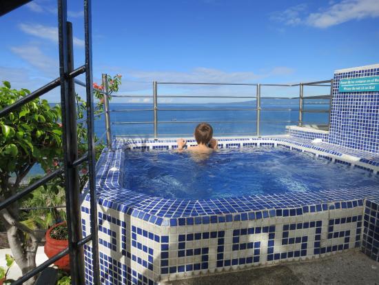 Hotel Suites Nadia: Roof top hot tub