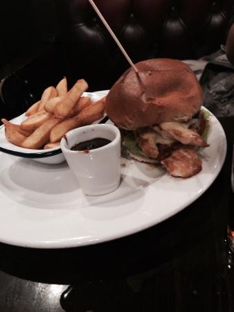 Taylor Walker Swan: Chicken burger
