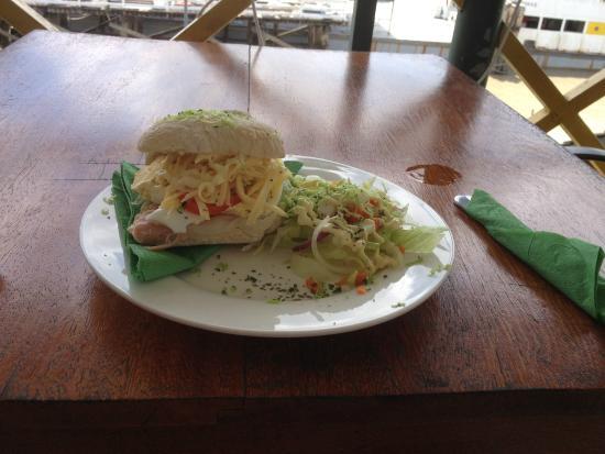 Restaurant JiJi's: Broodje gezond
