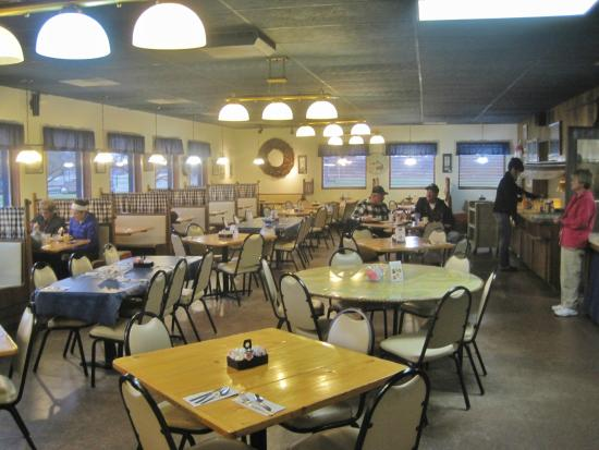 H&H Bakery and Restaurant AuGres: H&H Bakery and Restaurant, Au Gres, MI Nov 2014
