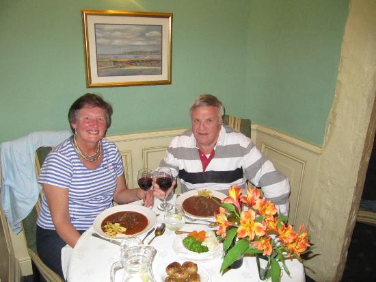 Bishopsgate House Hotel & Restaurant: Dining room.
