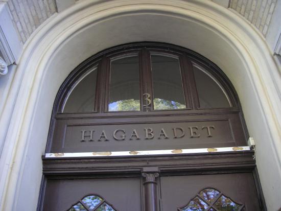 Hagabadets entré.