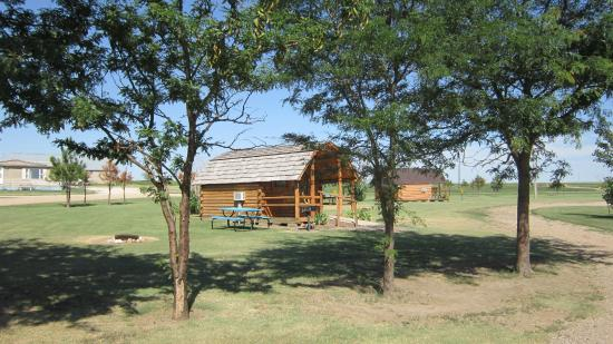 Midland, SD: Camping Cabins