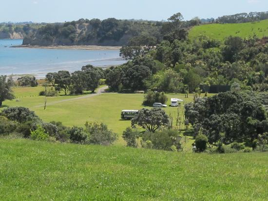 Shakespear Regional Park : View of Te Haruhi Bay and campground