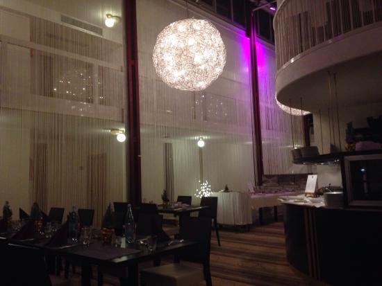BEST WESTERN PLUS Hotel Fellbach Stuttgart: Buffet