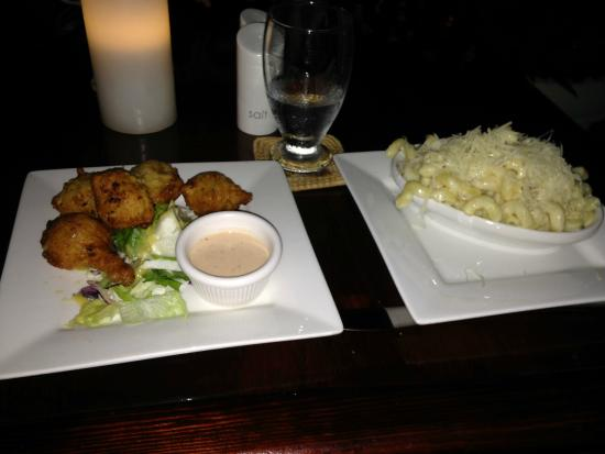 Crave Restaurant: Fish cakes (left) and cheese macarroni (right) starters