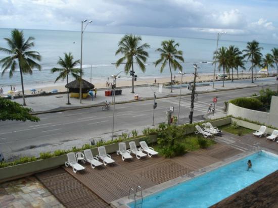 Piscina e vista picture of boa viagem praia hotel for Piscina haas e boa