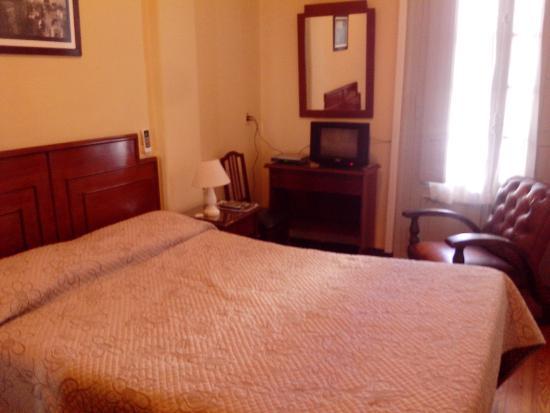 Hotel Palacio: Quarto