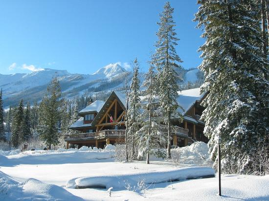 Winter at Vagabond Lodge