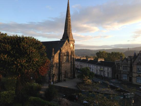 Munro Guest House: Church & Wallace Monument