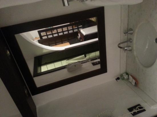 Pousada Casa Sin Nombre : foto do lavabo