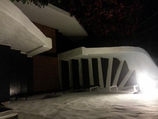 Pousada Casa Sin Nombre : foto da escadaria de madeira ao ceu aberto