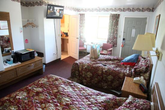 Countryside Inn: Double room