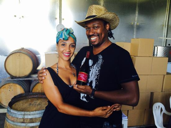 Wild Wombat Winery Tours: Wine made with love by Lucy n Vince
