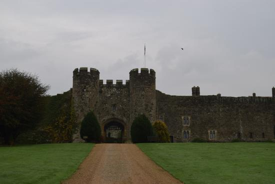 Amberley Castle: View as you drive up the driveway