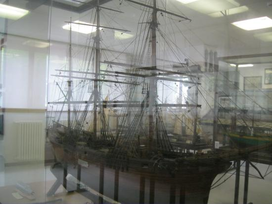 Museo Marinaro Gio Bono Ferrari : экспонаты музея
