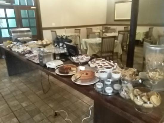 Maria Plaza Hotel : Café da Manhã