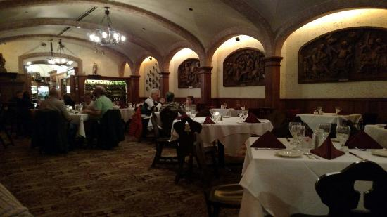 Mader S German Restaurant Milwaukee Wi Picture Of
