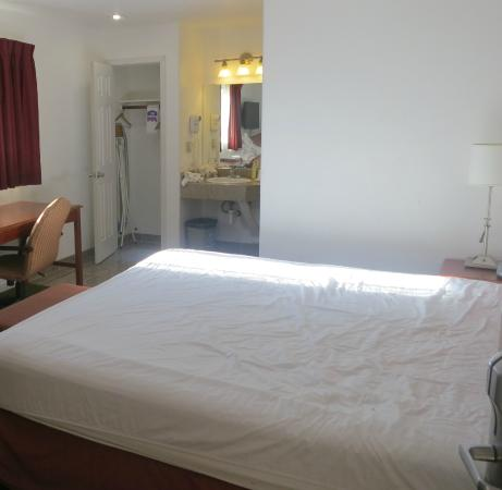 Knights Inn Carmel Hill: Quarto do andar superior