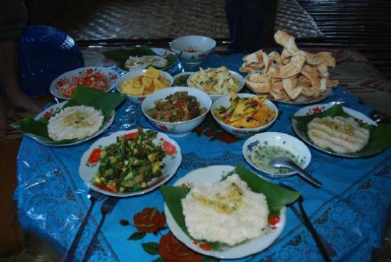 Nyaungshwe, Myanmar: Variety & flavor