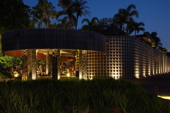 เซนโตซา ไพรเวท วิลล่าส์ แอนด์ สปา: Villa entrance
