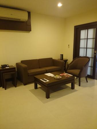 Grand Mercure Bangkok Asoke Residence: リビングルーム