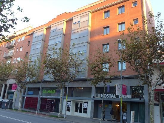 Hostal Lami: ホテルの外観