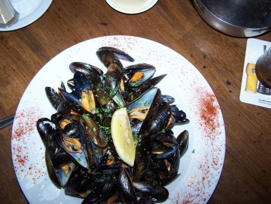 Guys Bar & Snug : mussels