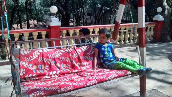 Preeti Hotel: Jhula