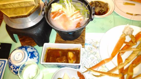 Hotel Akankoso : 夕食の食事