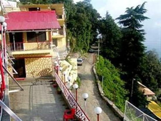 Hotel Mongas Discover The Beauty Of Nature With Best Resorts And Luxury Hotels In Dalhousie