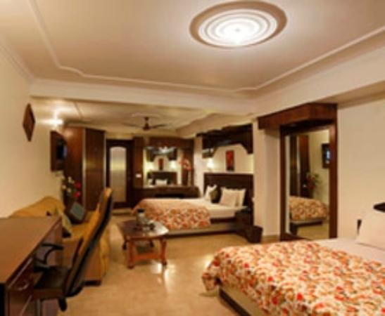 Hotel Mongas Explore Monga Resorts A Five Star Located In Dalhousie Equipped With The