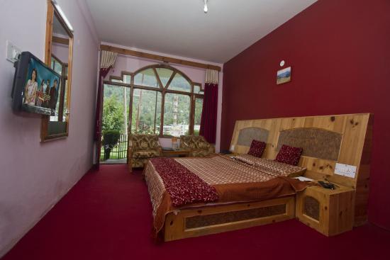 Himanshu Resort Deluxe Room