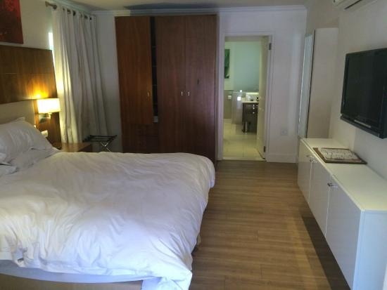 Gold Reef City Theme Park Hotel: main bedroom