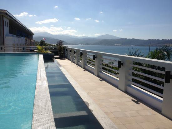 Beautiful view from roof deck pool picture of terrace for Terrace hotel subic