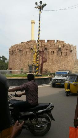 Konda reddy Buruju  is an icon to kurnool. It is located in the centre of kurnool with good heig