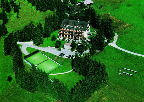 Boutique hotel villa blu cortina bewertungen fotos preisvergleich cortina d 39 ampezzo italien - Cortina boutique ...
