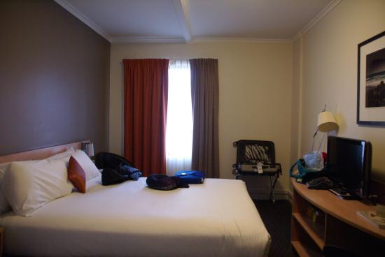 ibis Perth: Room 2