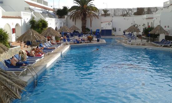 Ona Los Claveles: Nice pool