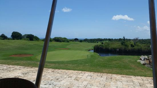 Vipingo Ridge : Uitzicht van af het terras clubhuis.