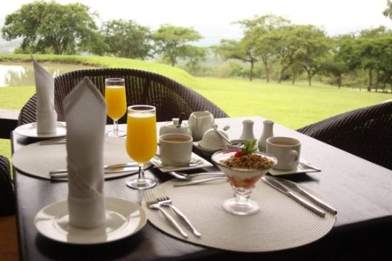 Likweti Lodge : Breakfast
