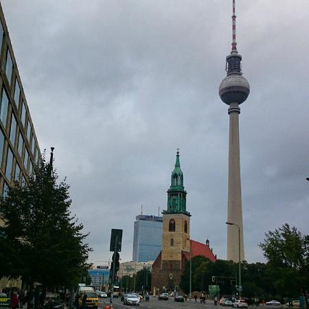 berliner fernsehturm picture of restaurant sphere. Black Bedroom Furniture Sets. Home Design Ideas