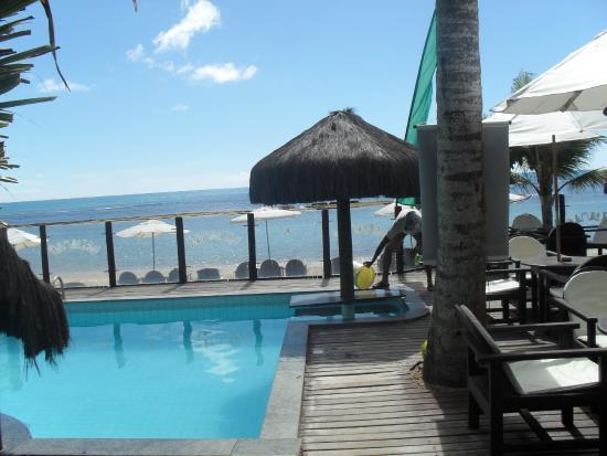Beijamar Hotel: Piscina do hotel de frente pra praia