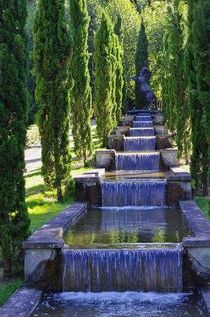 cascade picture of le potager des princes chantilly tripadvisor. Black Bedroom Furniture Sets. Home Design Ideas