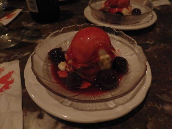Hy's Steak House - Waikiki: 大人のデザート