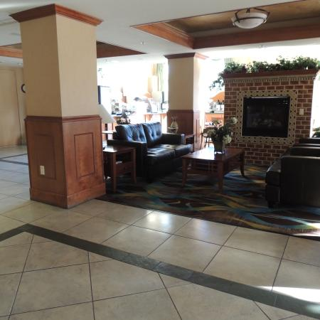 2 way fireplace in lobby with breakfast area on one side for 2 way fireplace