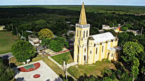 Cuzama, México: Iglesia de Eknakán