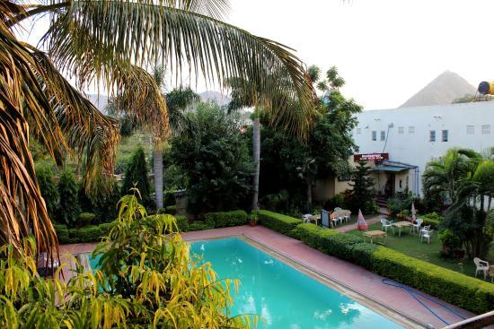 Navratan Palace : piscine